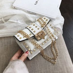 WHITE STUDDED CLEAR JELLY CHAIN STRAP BAG PURSE